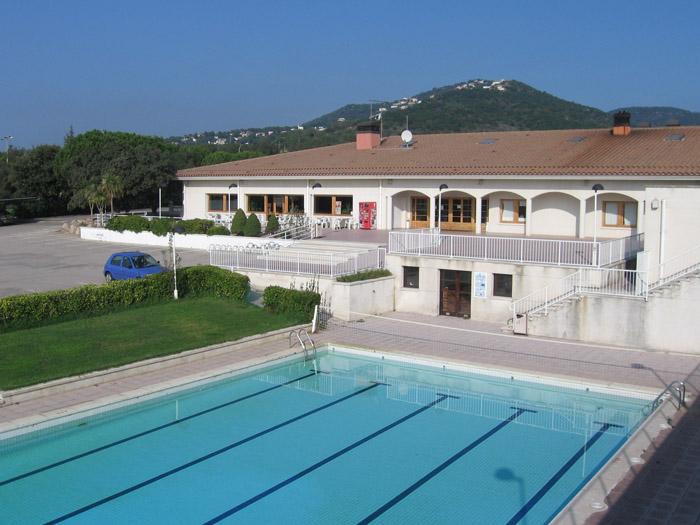 instalaciones piscina entrada
